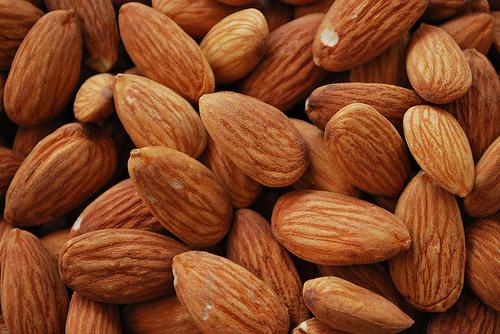 are almonds paleo